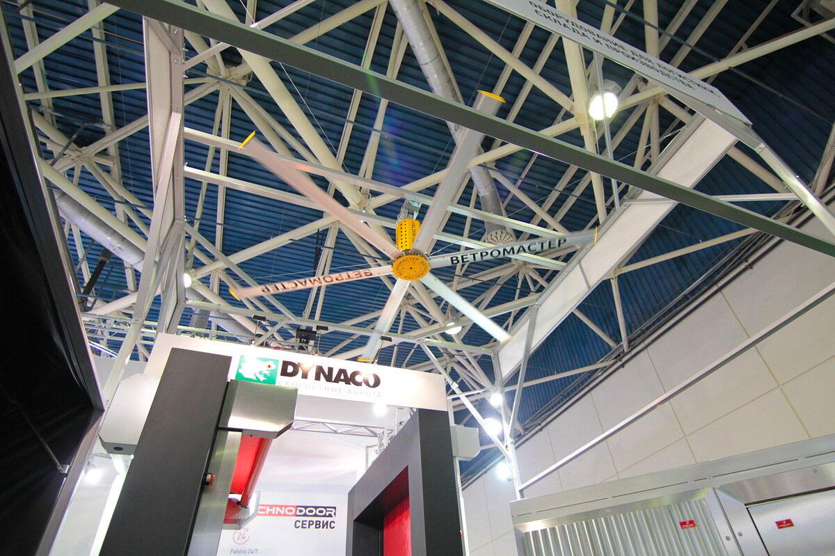Большие потолочные вентиляторы